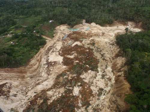 Landslide in the highlands of PNG in 2012