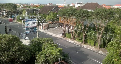 The streets are empty during Nyepi.