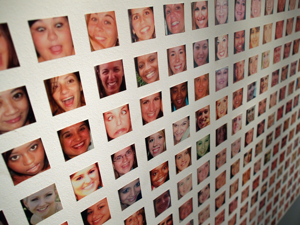 Gallery of thumbnail photos of people.