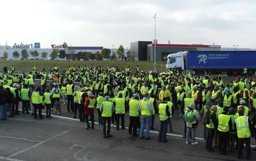 Yellow Jacket protestors blocking the road at the roundabout of the Vaugine in Vesoul (Haute-Saône). 17 November 2018