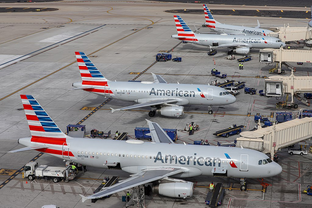 American Airlines aircraft at Phoenix Sky Harbor International Airport.