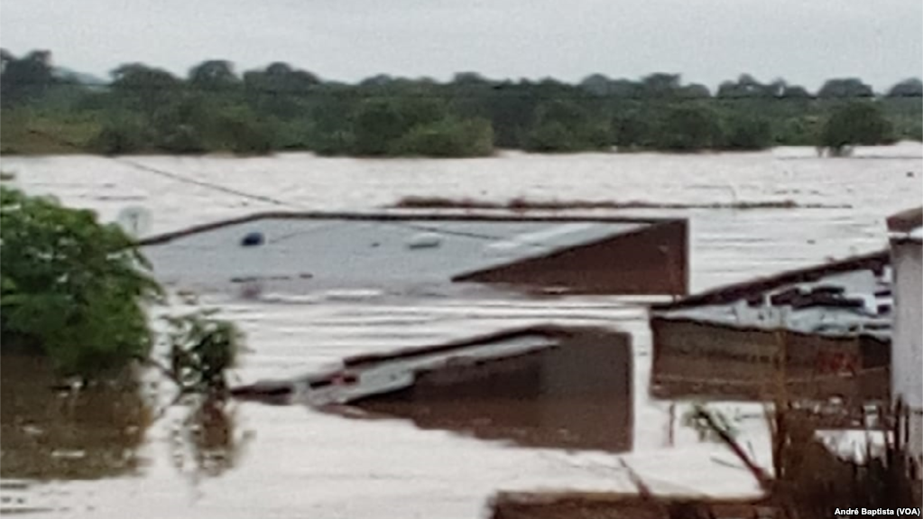 Flooding in submerged houses, Tete, Mozambique, March 9, 2019