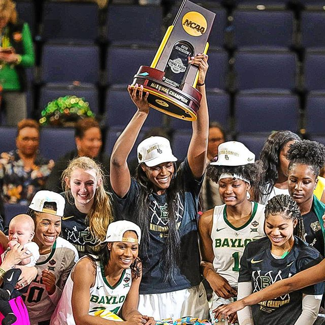 Baylor celebrates their NCAA championship win.