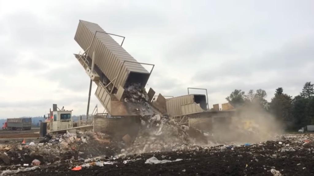 Dumping trash at the Cedar Hills regional