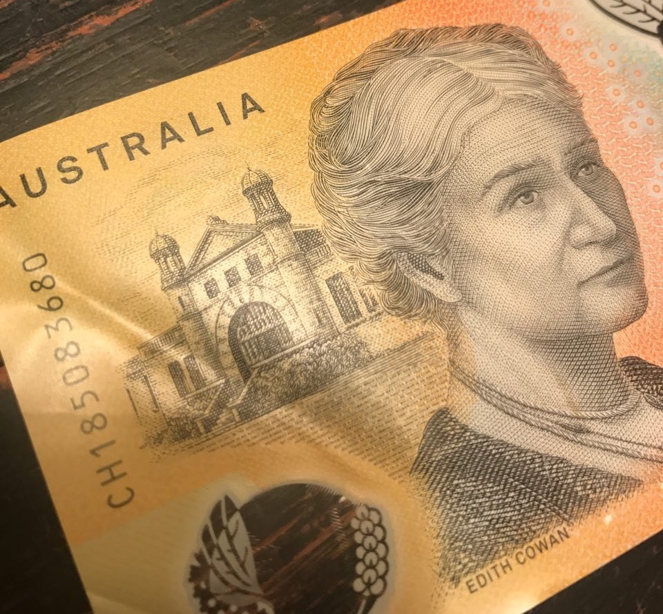 Example of the back of Australia's 2018 50-dollar note, with a picture of Edith Cowan.