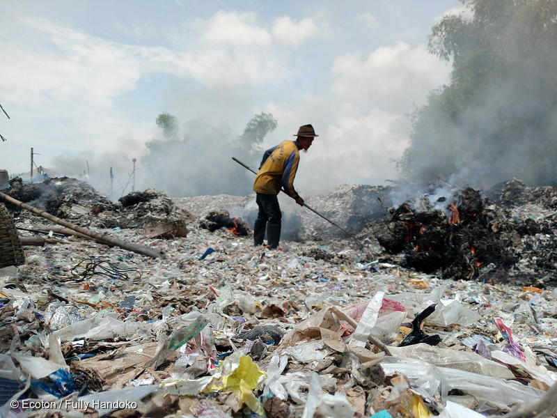 People collect plastic scraps and paper to take to a local factory, where it is burned as fuel. One small truckload earns 10 USD. Bangkun Village, Pungging District, Mojokerto Regency.