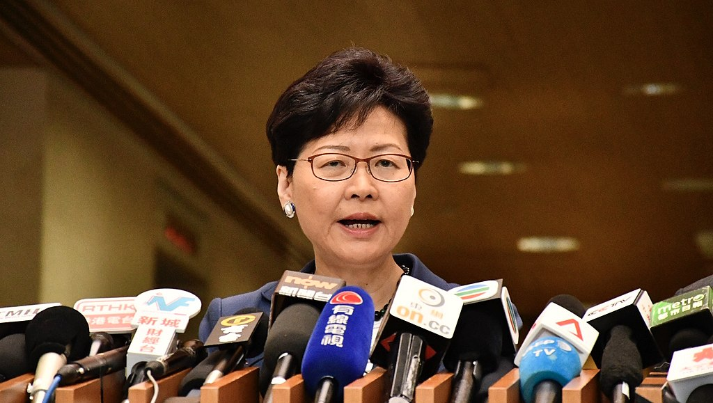 Carrie Lam - 香港特首林鄭月娥回應6-9反送中大遊行,認為人數多無爭議。(美國之音湯惠芸攝)
