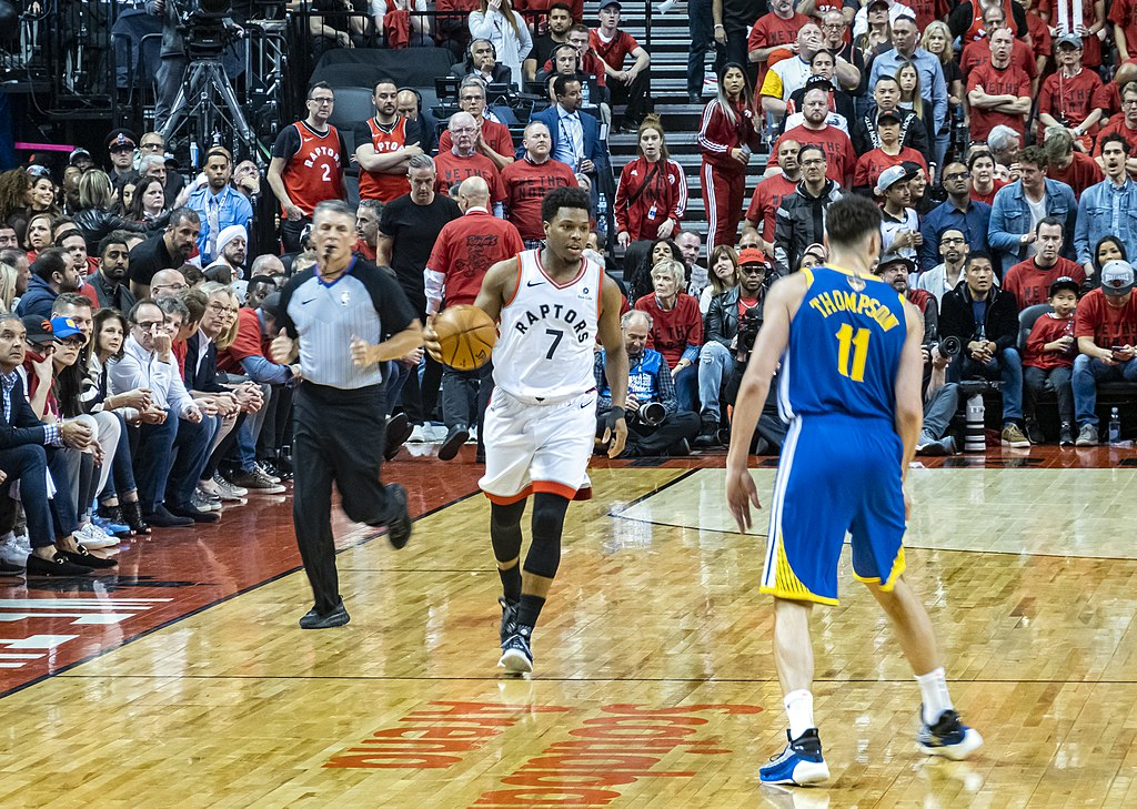 Kyle Lowry, with the ball, dribbles toward Klay Thompson during the 2019 nba finals