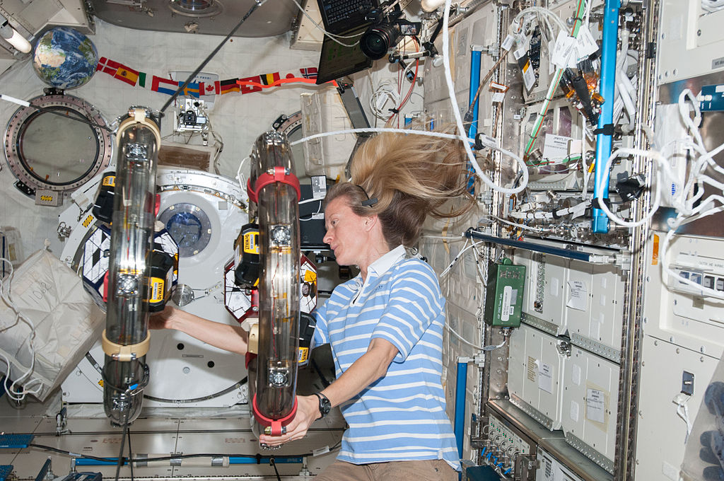 In the International Space Station's Kibo laboratory, NASA astronaut Karen Nyberg, Expedition 36 flight engineer, conducts a session with a pair of bowling-ball-sized free-flying satellites known as Synchronized Position Hold, Engage, Reorient, Experimental Satellites, or SPHERES. Surrounding the two SPHERES mini-satellites with ring-shaped hardware known as the Resonant Inductive Near-field Generation System, or RINGS, Nyberg performed a demonstration of how power can be transferred between two satellites without physical contact.