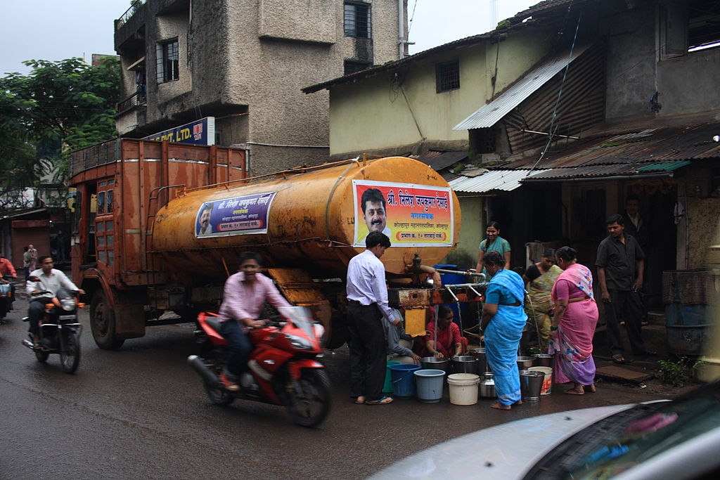 A truck distributing water to residents in Kolhapur, Maharashtra, India on 4 September 2010.