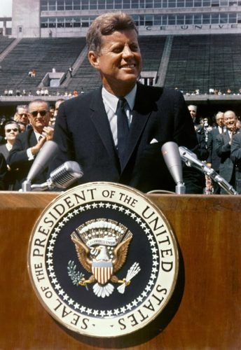 President John F. Kennedy speaks at Rice University 69-HC-1245 12 September 1962
