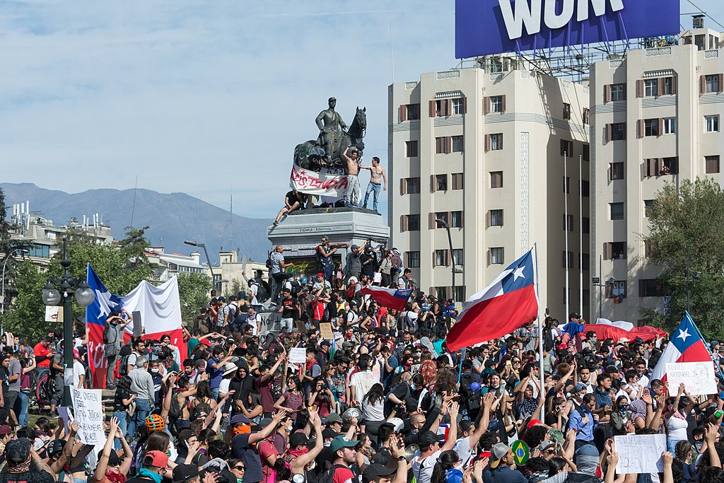 Protests in Chile in 2019, Plaza Baquedano, Santiago, Chile
