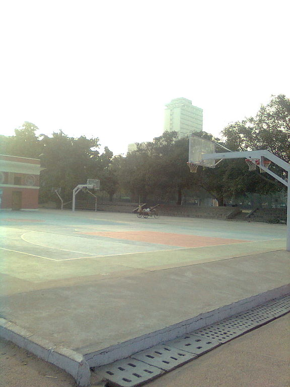 This is the basketball court of modern school Barakhamba Road.