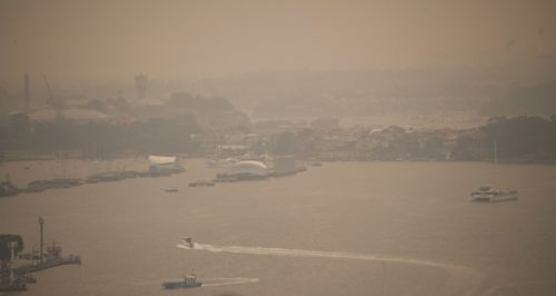 Bushfire haze from fires in Blue Mountains, seen from Sydney Harbour bridge