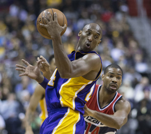 Kobe Bryant of Los Angeles Lakers against Gary Neal of Washington Wizards
