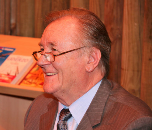 Autograph session with Albert Uderzo at Salon du livre 2008 (Paris, France).