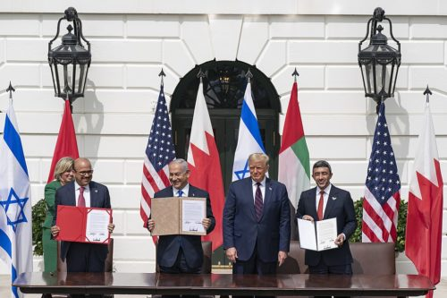 President Donald J. Trump, Minister of Foreign Affairs of Bahrain Dr. Abdullatif bin Rashid Al-Zayani, Israeli Prime Minister Benjamin Netanyahu and Minister of Foreign Affairs for the United Arab Emirates Abdullah bin Zayed Al Nahyanisigns sign the Abraham Accords Tuesday, Sept. 15, 2020