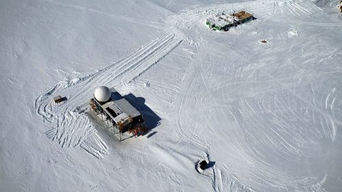 Aerial recording of Big House (left) and Greenhouse (right) (3208 m, Summit Camp, Greenland)