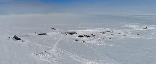 Aerial recording of Summit Camp (3208 m, Greenland)